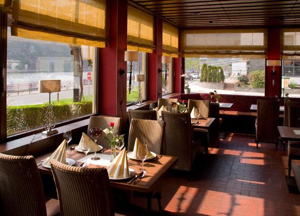 Blick ins Restaurant Fährturm in Mehring